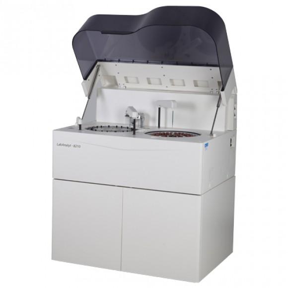 Автоматичний біохімічний аналізатор LabAnalyt 8210